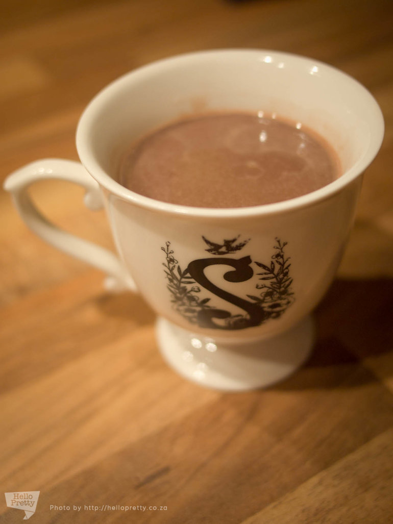 How to be a Pretty Insomniac - how to make hot chocolate