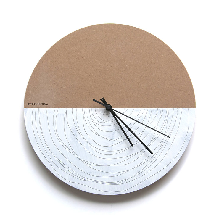 Spiral Wall Clock by TYDLOOS.COM