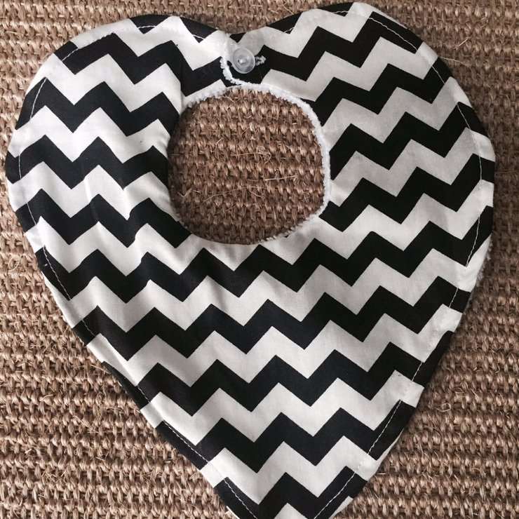 DRIBBLE BIB - BLACK CHEVRON by Baby Couture