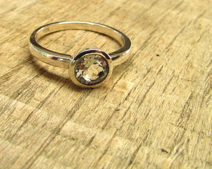 white topaz ring by thula