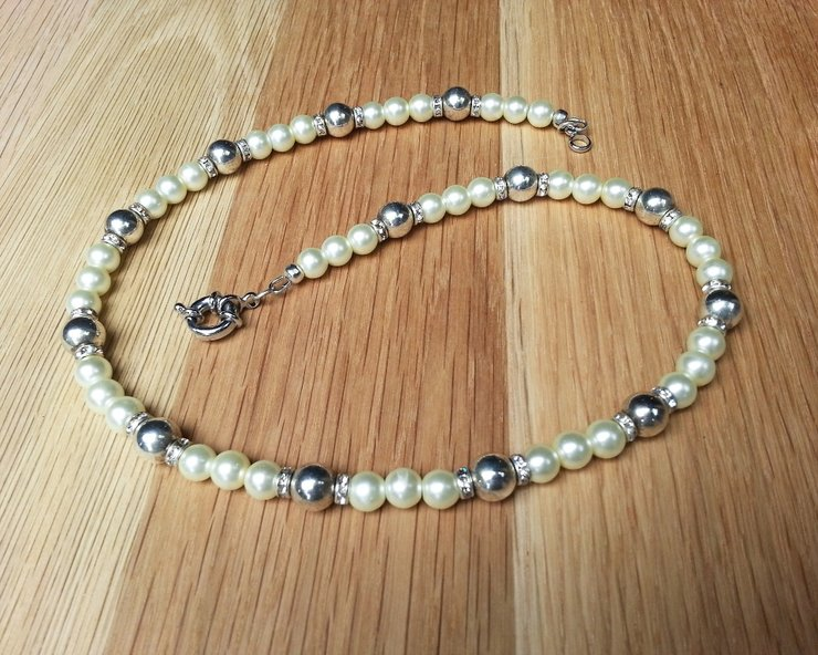 Ivory Glass Pearl Antiqued Silver Necklace With Rhinestone