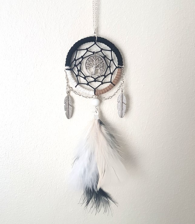 What Stores Sell Dream Catchers Bohemian Dream Range Dream Catcher Necklace Hello Pretty Buy 19