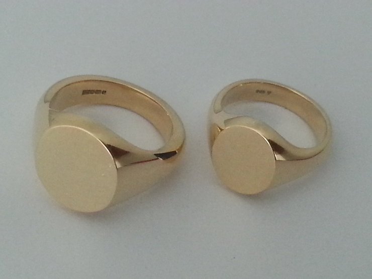"""The Classic wedding set"" Bride and Groom special, traditional Signet rings by www.hallmarkinternational.co.za"