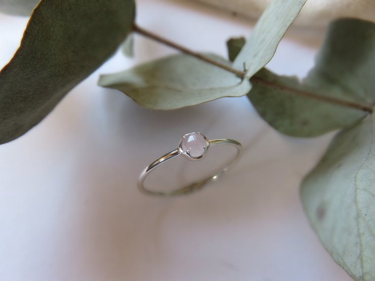 Rose Quartz detail setting in Sterling Silver  by Mignon Daubermann Jewellery Design