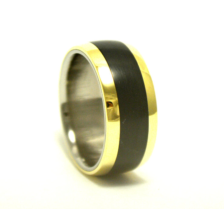 Titanium Ertalyte and yellow gold ring by Rings & Things