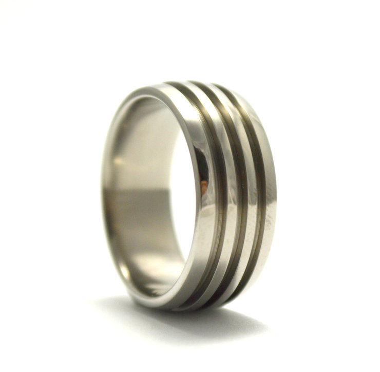Triple groove Titanium ring by Rings & Things