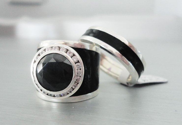 Black enamel cluster ring by Isis