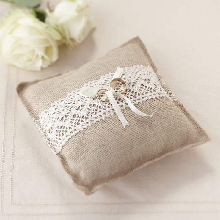 Vintage Affair - Ring Cushion by Ginger Ray