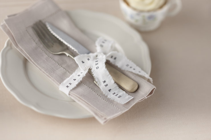 Vintage Affair - Frayed Ribbon with Mr & Mrs by Ginger Ray