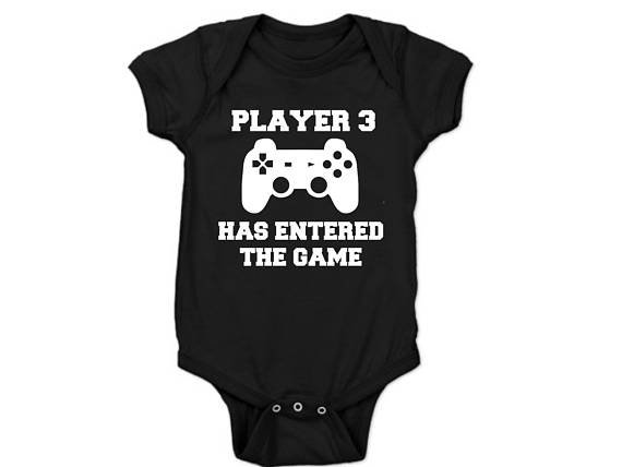 Player 3 has entered the game! BABY ANNOUNCEMENT/PREGNANCY REVEAL onesie - Baby Grow - Baby bodyvest - Unisex - cute onesie - Baby Announcement Idea - Pregnancy Reveal by Little Lion Cub Studio