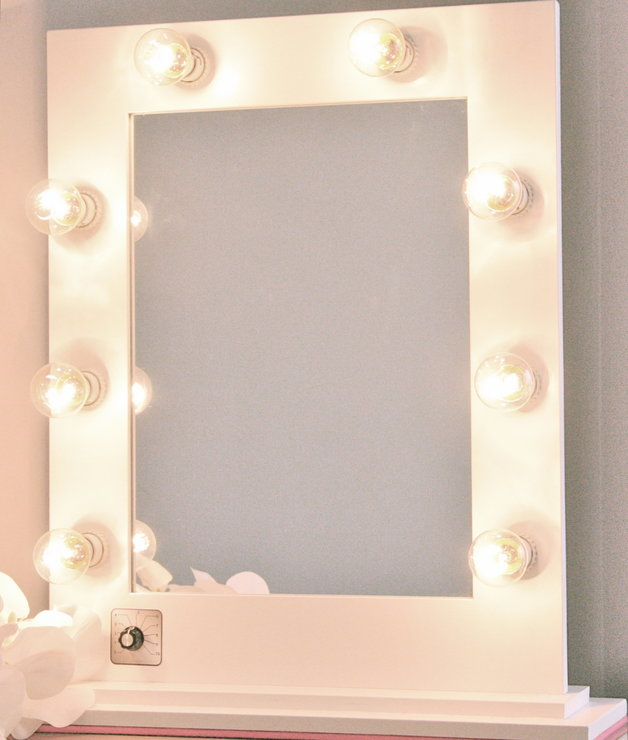 Hollywood Glam Vanity Mirror Classic White Hello