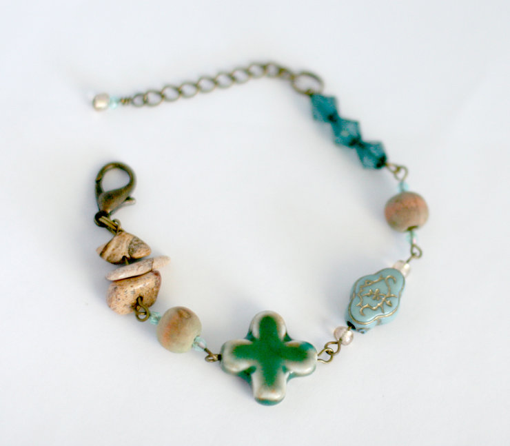 Blue / green eclectic beaded bracelet by Heart Jewelry Creations