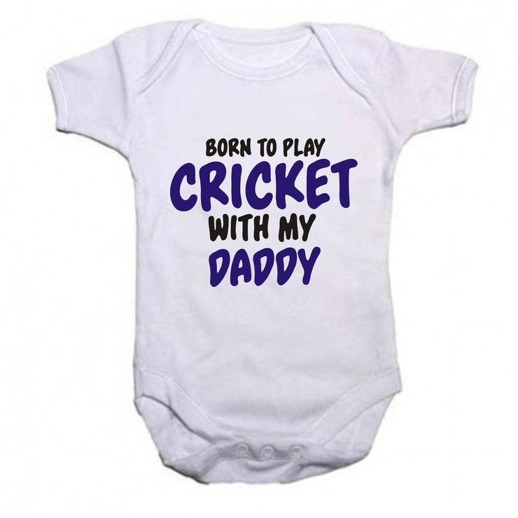 Born to play cricket with my daddy baby grow by Qtees Africa (Pty)Ltd