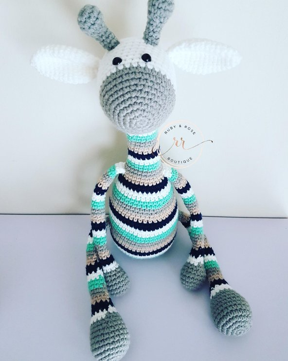 Giraffe  by Ruby & Rose Boutique
