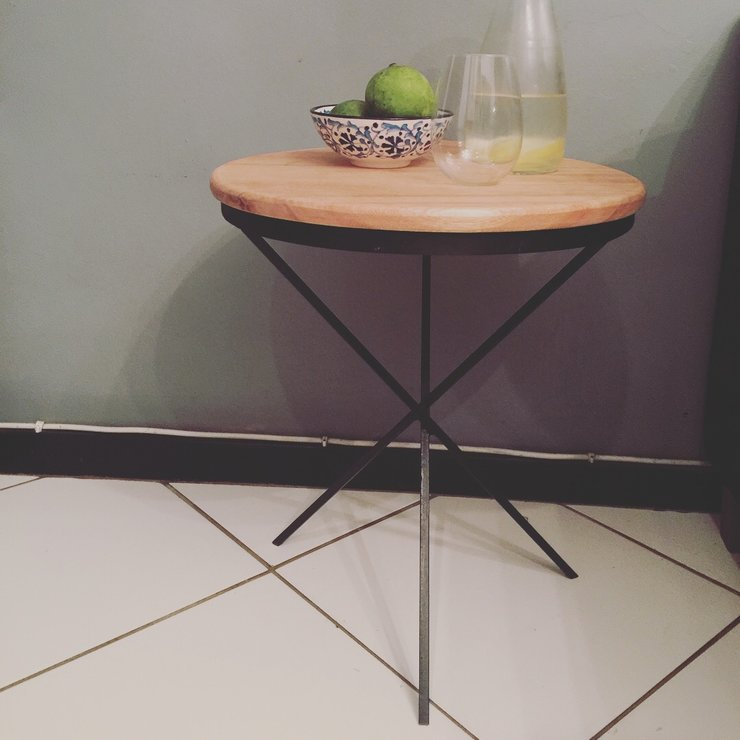 The 3 leg side table by Home Decor Designz