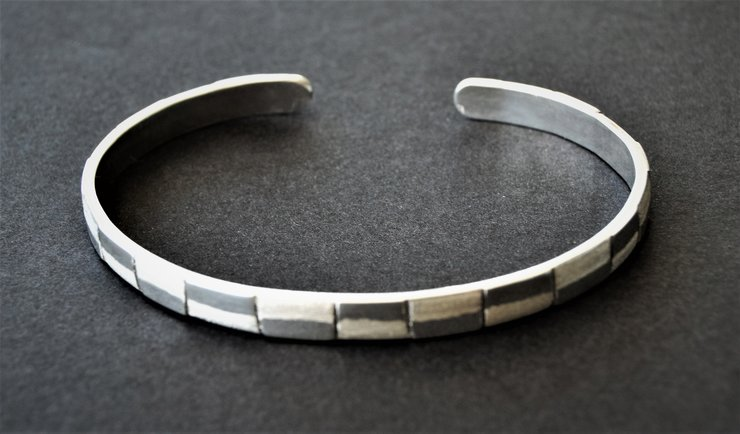 HANDCRAFTED STERLING SILVER CUFF BRACELET by Ri Jewellery