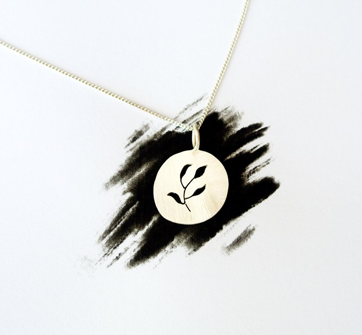 Small Simple Fynbos Necklace by HALLO JANE