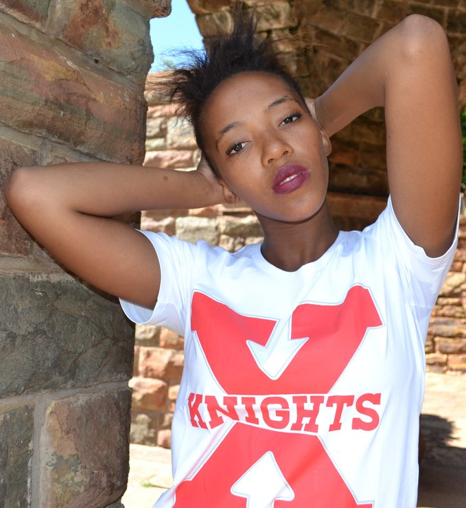 XKNIGHTS WHITE UNISEX T SHIRTS  by XKNIGHTS STORE