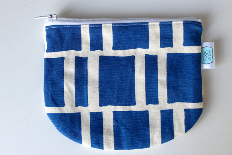 "Round pouch ""Blue Blocks"" by Sew & Such"