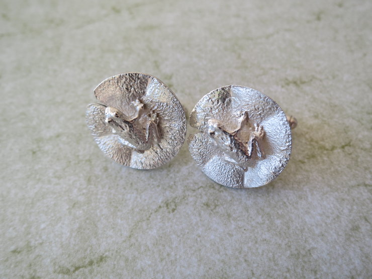 Sterling Frog on a Lily Leaf Cufflinks by Artistic925Jewellery