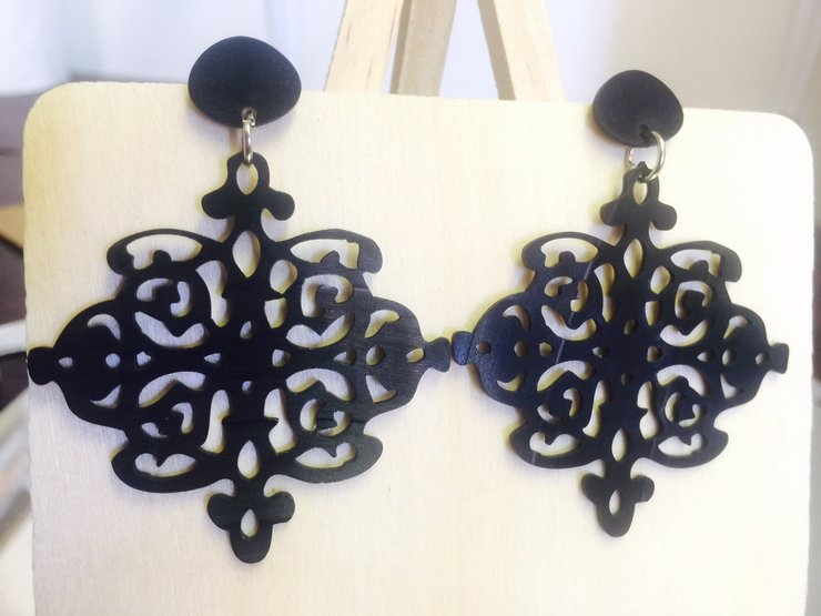 Hanging Lace Studs by Miss Magpie