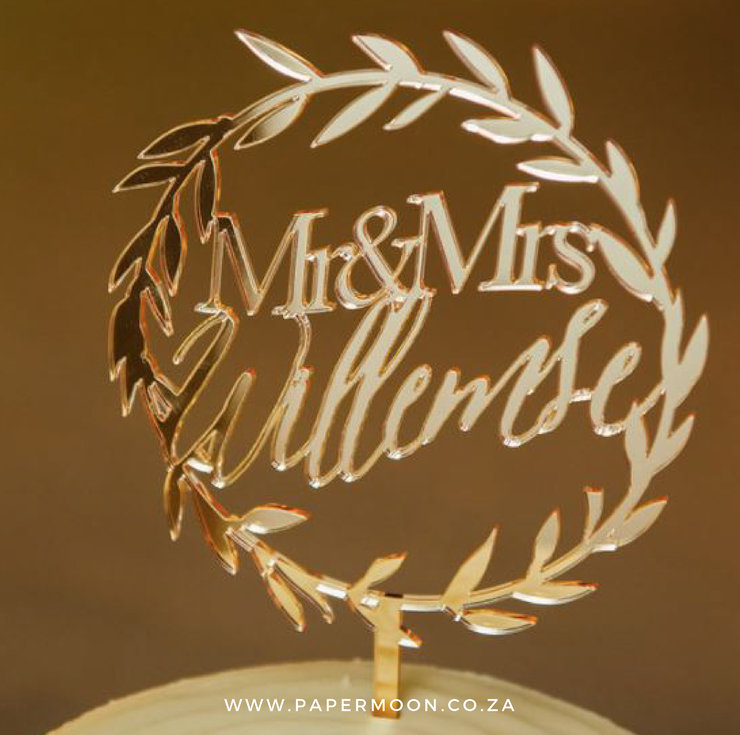 Golden Wreath Cake Topper by Papermoon