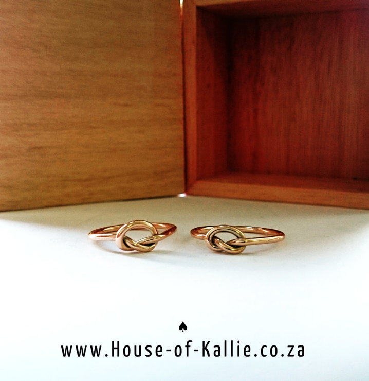 Simple Knot Ring in 9ct Rose Gold by House of Kallie