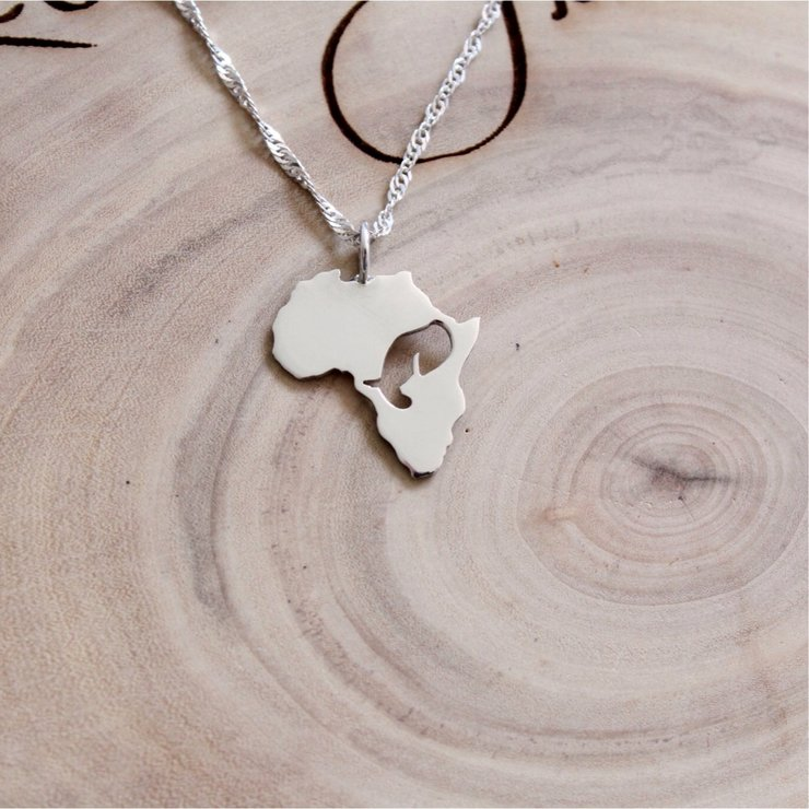 necklace ct white diamond d twt in elephant gold pendant necklaces