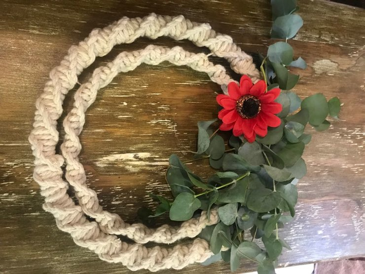 Bridesmaid wreaths by Ninety-Nine Knots