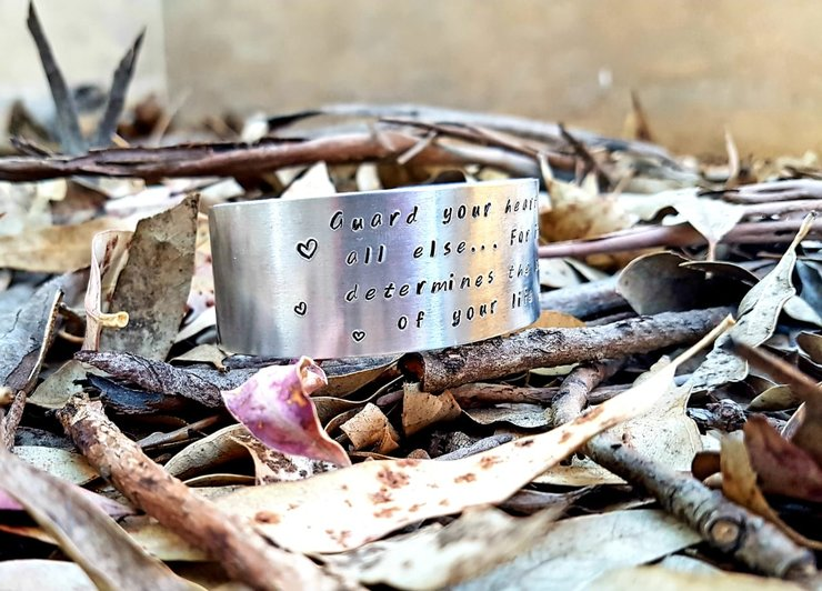 25mm Aluminium bracelet by Must love Creations
