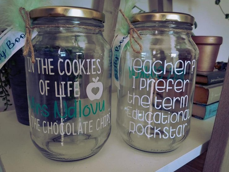 Teacher Gifts - 1L Jars - Custom Design