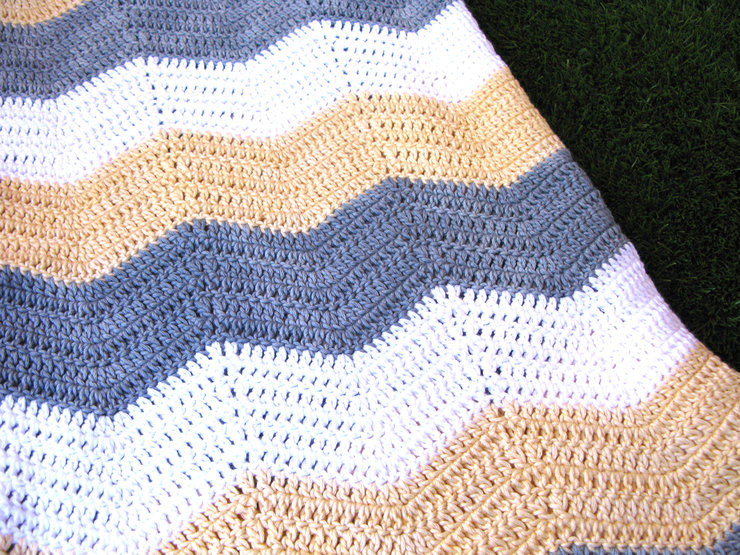 'The Sandy.' Chevron Blanket by Annie & Granny