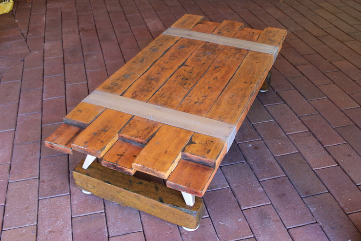 Rustic-Deco Staggered coffee table by JVS Designs