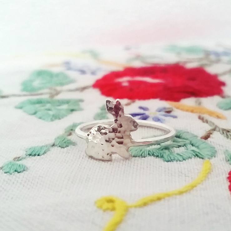 Handmade sterling silver hammered bunny ring by GloveJewellery