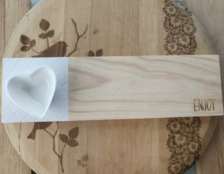 SERVING (PINE) BOARD WITH SAUCE BOWL by Wild Flowers & Wings