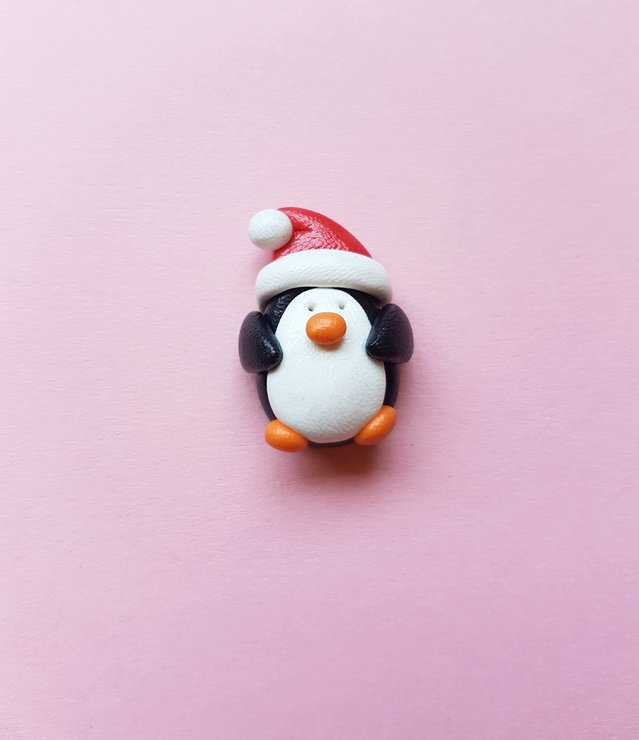 Christmas Penguin Brooch by turkey dimple