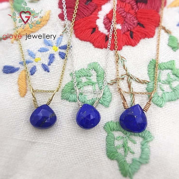 Handmade Lapis Lazuli necklace by GloveJewellery