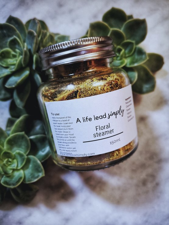 Floral bath soak/facial steamer by A life lead simply