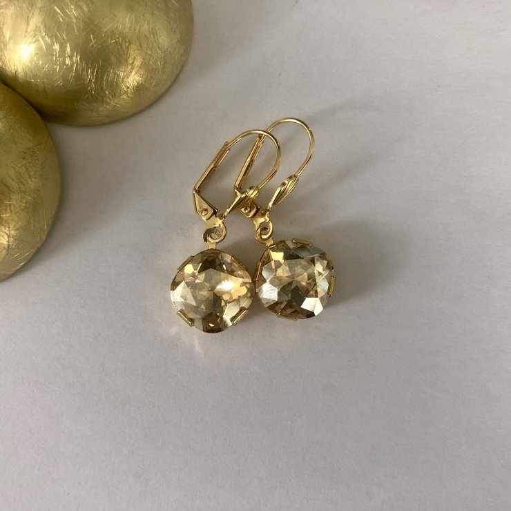 Golden Shadow Cushion Swarovski earrings (Hypoallergenic)
