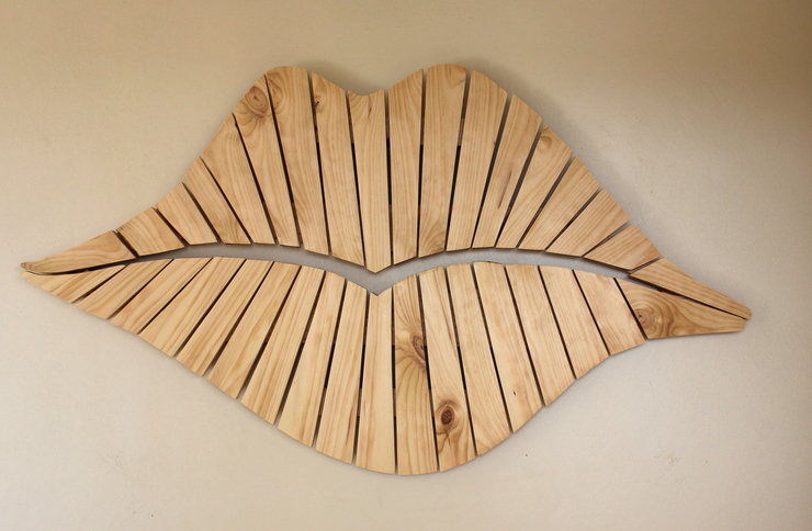 Quirky Lips by B&K Design & Decor