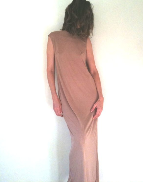 Handmade ankle length Evening dress in a skintone colour. Perfect cut to hide the waistline. Summer elegance! by Ant At Home
