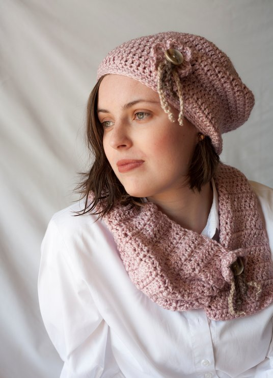 Claudia continental beret and cowl set  by needle nerds