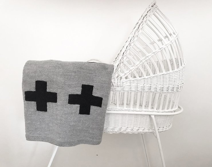 CRIB BLANKET - GREY/BLACK SWISS CROSS by Baby Couture
