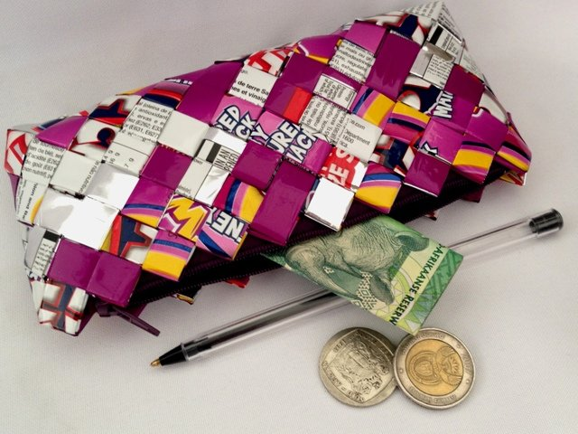 Upcycled Chip Wrapper Zipped Purse by ZuluGal Retro