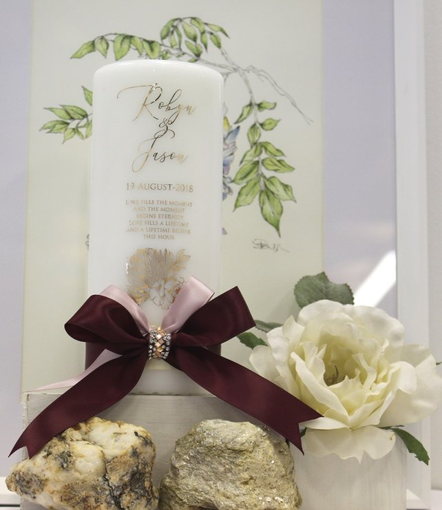 Robyn wedding candle by Timeless Memories