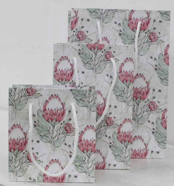 PINK PROTEA  GIFT BAGS SET  by Timeless Memories