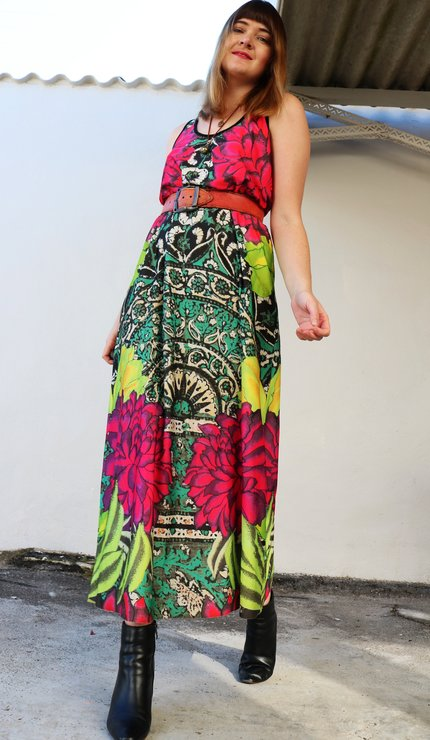 c269c78fa19 Pre loved colorful maxi dress by Lootsin