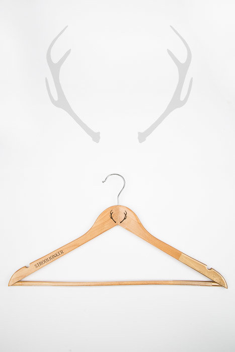 Strooijonker - Clothes Hanger with a touch of gold by JCclick Shop