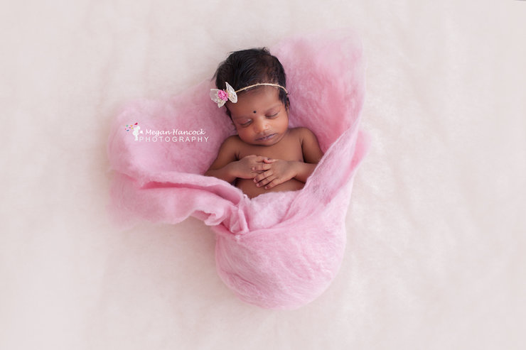 Merino felted layer, 35cm x 100cm, newborn photo prop. Lb-55 by Lavender Blossoms Props