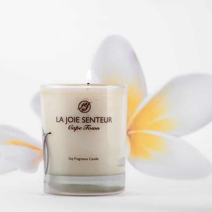 Polynesian Plumeria (floral) Soy Fragrance Candle 200g by Royale Afrique du Sud